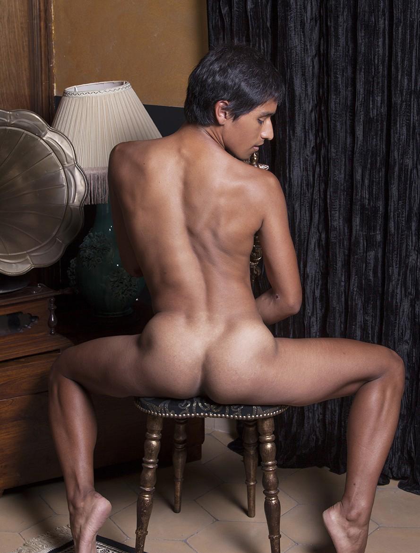 Tiago picture