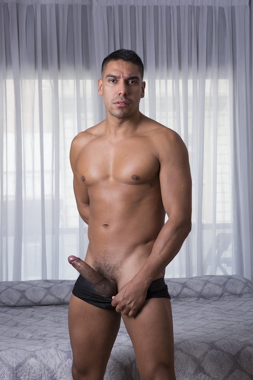 Salvador Mendoza picture